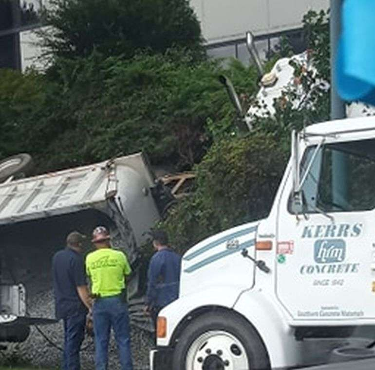 Dump Truck Overturns On Highway 321 N.W. In Hickory [UPDATE ADDED 1:50 P.m.]