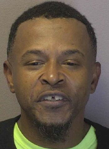 Lenoir Man Arrested In Hickory On Cocaine & Firearms Charges